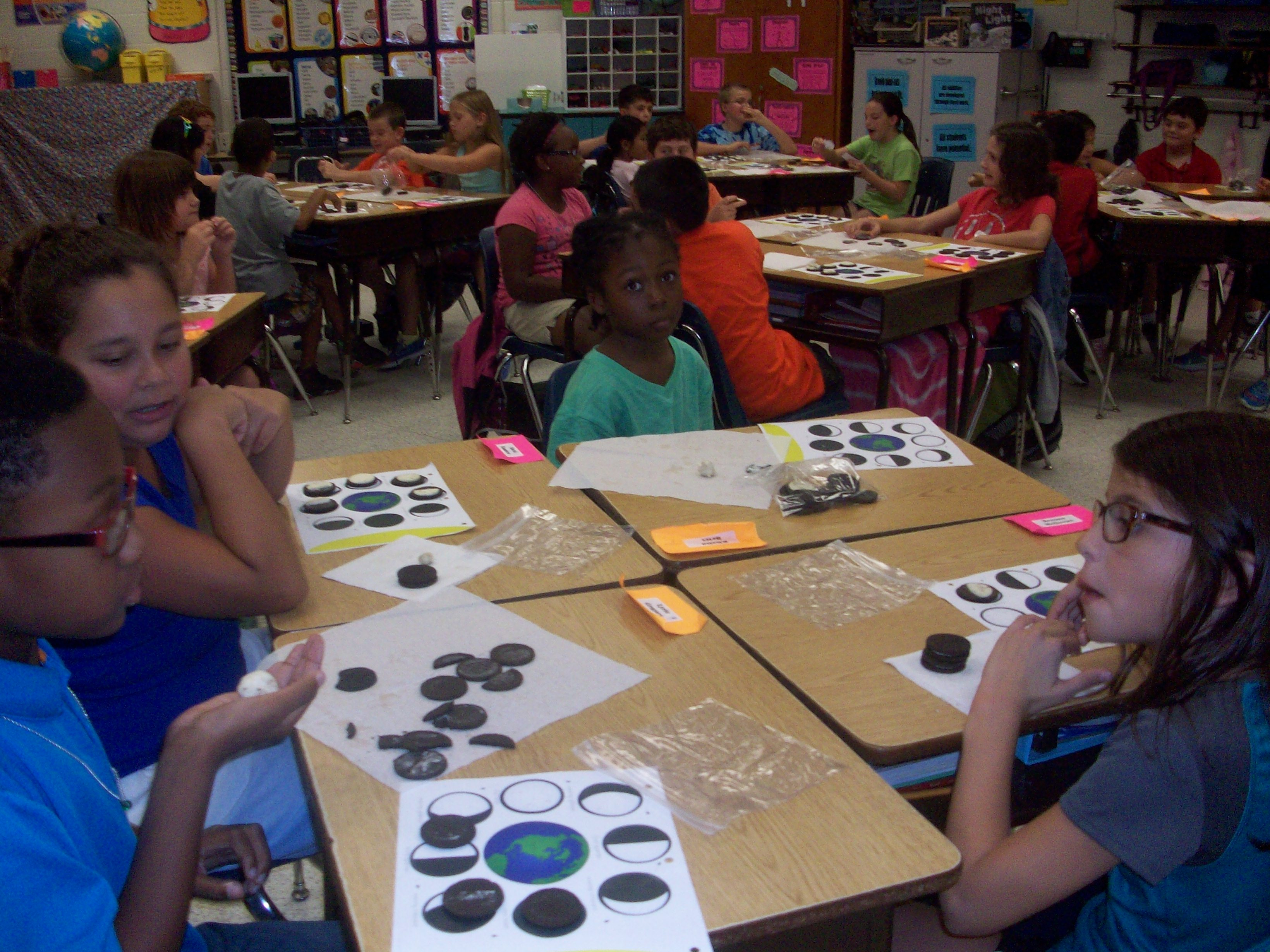 Moon phases with Oreos 027