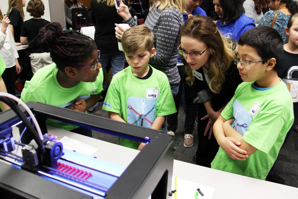 2016 Maker Expo Showcases Students 3d Printer Products