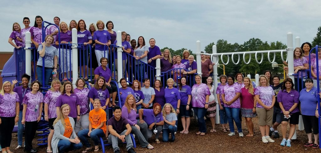 White Oaks ES staff photo