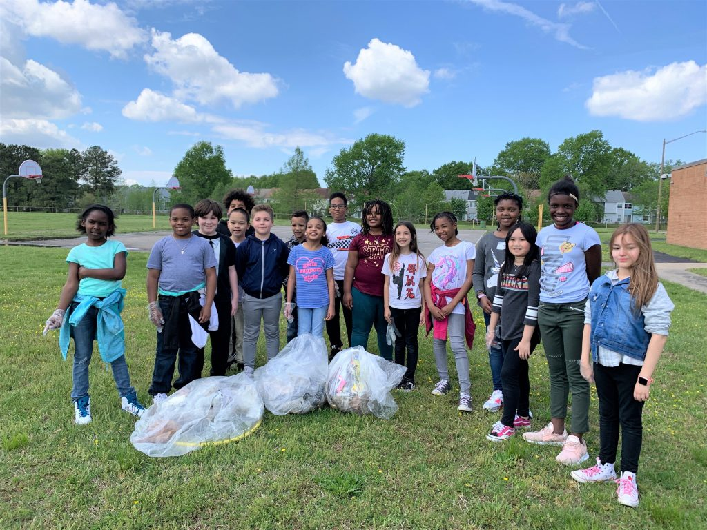 Fourth graders at Rosemont Elementary School celebrated Earth Day by picking up litter around the campus.